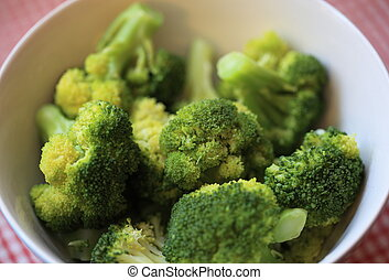broccoli ready to eat - broccoli prepared and ready to eat