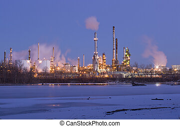 Oil Refinery on Mississippi River in St Paul Park - Oil and...
