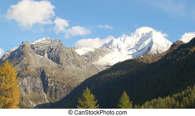 Alpine panorama - Snowcapped mountain range in the alps...