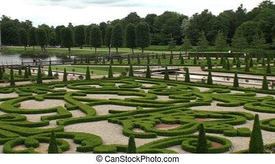Boxwood garden Frederiksborg - View on the gardens of the...