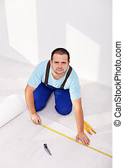 Laying laminate flooring - the insulation layer