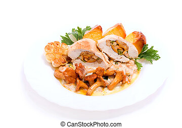 Gourmet food from chanterelles and chicken