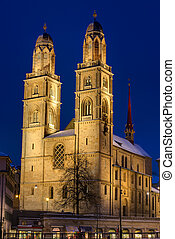 The Grossmunster at night - The famous Grossmunster church...