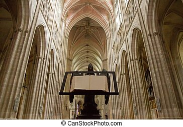 catedral, Auxerre, (France)