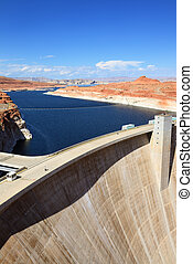 Powell lake - View of Glen Canyon Dam and Lake Powell near...