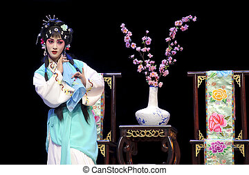 pretty chinese traditional opera actress