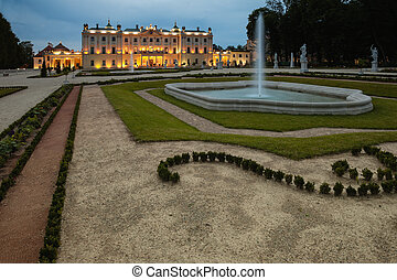 Gardens at evening - Gardens of the palace complex Branicki...