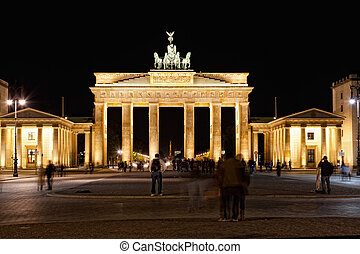 Brandenburg gate in Berlin at night