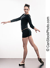 Girl in pointes - Young gorgeous girl in pointes