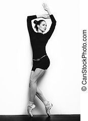 Girl in pointes - Young gorgeous girl in pointes. Black and...