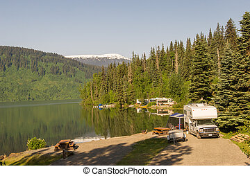 Alaskan camground - RV park by the lake in Alaska