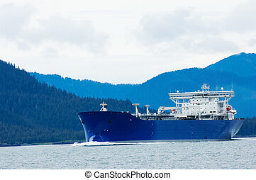 Alaskan oil - Oil tanker heading to refinery near Valdez,...