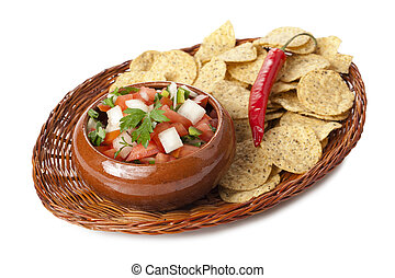 fresh salsa dip with nachos