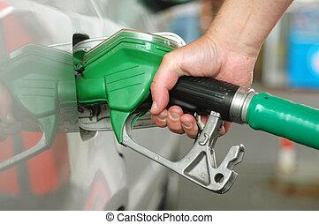 Fuel pump - Refulling car tank on puming station