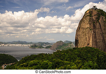 Sugarloaf mountain - Scenic view of Sugarloaf mountain and...