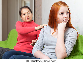 mother asks for forgiveness from teen daughter - Mature...