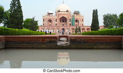 Humanyun - crowds walking around Humayuns Tomb New Dehli