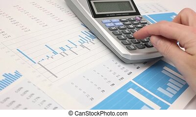 Business analysis - Business analyst calculate revenue