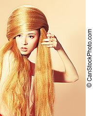 beauty salon - Beautiful blonde woman with fashionable...