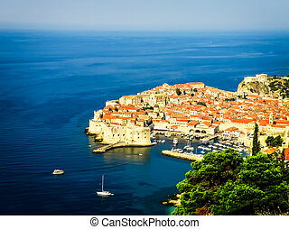 Dubrovnik old town view with the harbour - Dubrovnik old...