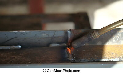 A worker to weld - welder background