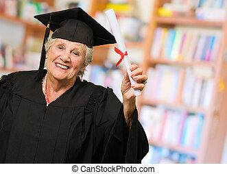 3º edad, mujer, tenencia, graduación,...