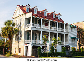 Two Story Antebellum in Charleston - A two story traditional...