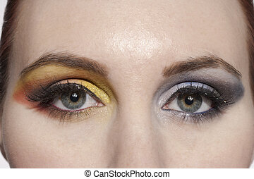 664 a woman with eyeshadow makeup