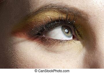 669 female eye with eye shadow