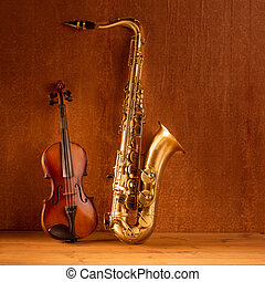 Classic music Sax tenor saxophone violin in vintage -...