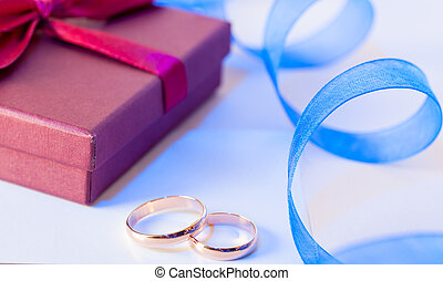 Golden wedding rings with decoration