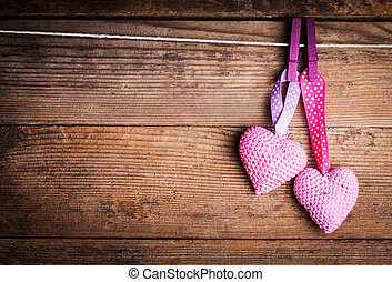 Crochet lovely hearts - Crochet valentine hearts handing on...