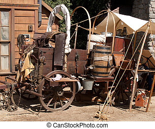 Chuck wagon - A fully dressed-out chuck wagon sits on Main...