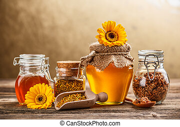 Apiary product, honey, pollen and propolis
