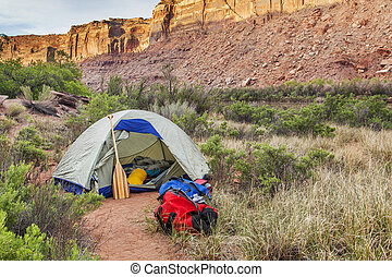 river camping in Canyonlands