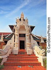Magnificently decorated entrance to the Thai temple