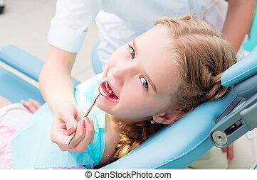 girl visiting dentists, visit the dentist - girl visiting...