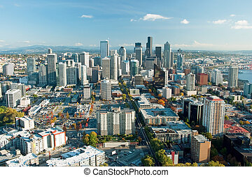 Seattle downtown skyline with view of Mt.Rainier in distance