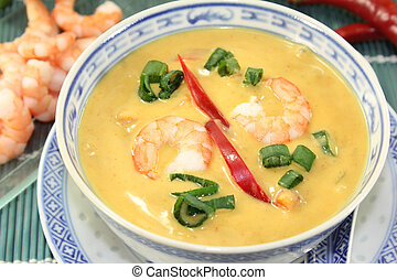 Curry Soup - Curry soup with colorful vegetables and prawns