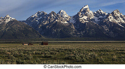 Grand Teton Mountains - Grand Teton mountains from Antelope...