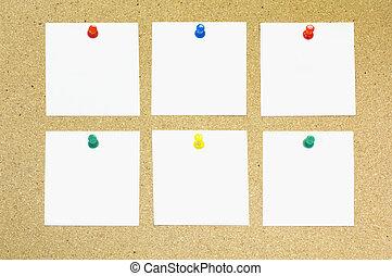 Paper note on cork board - Empty Paper note on cork board