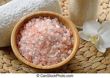 Pink salt from the Himalaya. Closeup of pink SPA salt in...