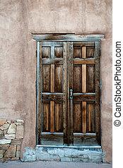 Wooden door - Beautiful wooden door in Santa Fe historic...