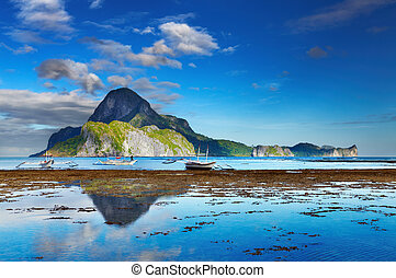 El Nido bay, Philippines - El Nido bay and Cadlao island at...