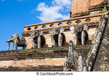 Ruinous pagoda in Wat Jedi Laung, Chiang Mai, Thailand