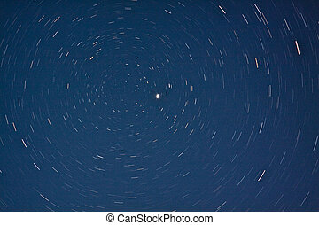 Stars Spinning around Polaris - Stars in circumpolar spin...