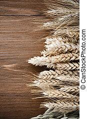 orejas, cereales, madera
