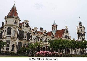 Dunedin Railway Station - Beautiful architecture of the...