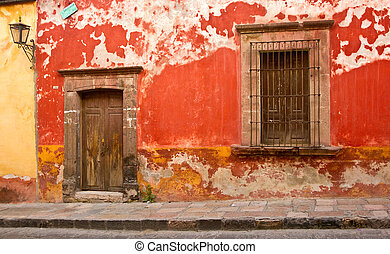 Mexico Streetscape - Weathered building in San Miguel de...
