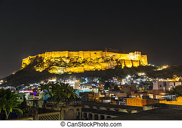historical Mehrangarh Fort in Jodhpur at night, Rajasthan,...